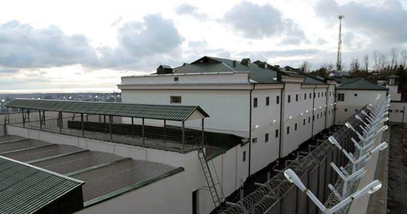 ომბუდსმენი: ბათუმის ციხეში პატიმრებზე ფსიქოლოგიურად ძალადობენ და არაფორმალურად სჯიან
