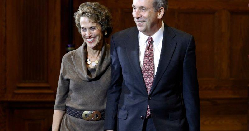 ჰარვარდის უნივერსიტეტის პრეზიდენტსა და მის ცოლს კორონავირუსი დაუდგინდათ