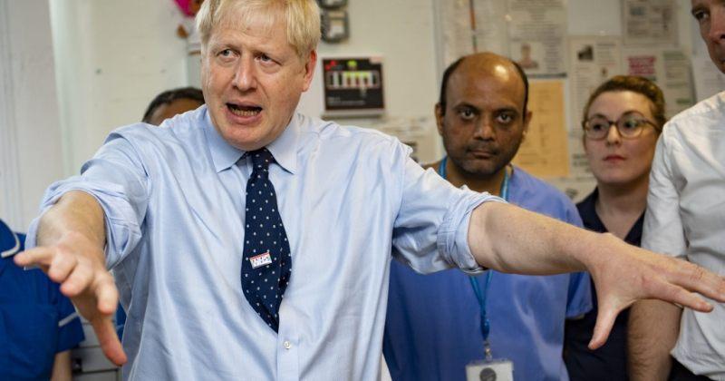 მთავრობის თხოვნიდან 48 საათში პენსიაზე გასული 4500 ბრიტანელი მედდა და ექიმი ჯანდაცვას დაუბრუნდა