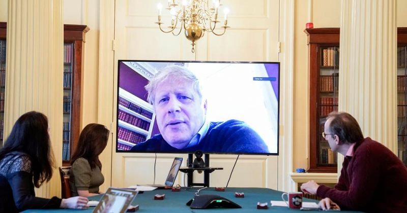 დღის ფოტო: COVID 19-ით დაინფიცირებული ბორის ჯონსონი მთავრობის საქმიანობას შინიდან უძღვება