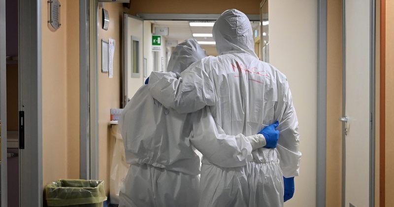 მსოფლიოში კორონავირუსით გარდაცვლილთა ოფიციალურმა რაოდენობამ 2.5 მილიონს გადააჭარბა