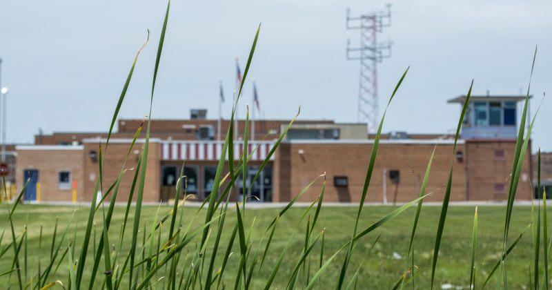 აშშ-ის 4 ციხეში 3277 პატიმარს Covid-19 დაუდასტურდა, აქედან 96% ასიმპტომურია
