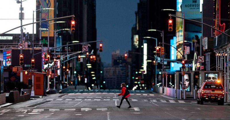 ნიუ-იორკის მოსახლეობას საჯარო სივრცეებში პირბადეები უფასოდ დაურიგდება