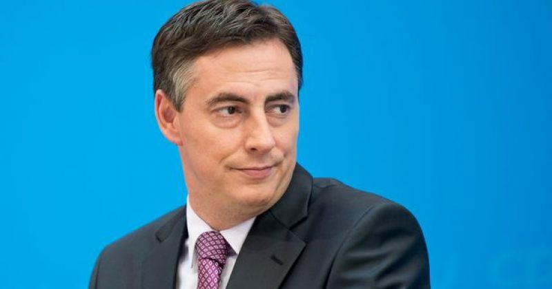 მაკალისტერი: გამიხარდებოდა პოლიტპატიმრების საკითხზე თბილისში EU-ს საელჩოს მეტად გააქტიურება