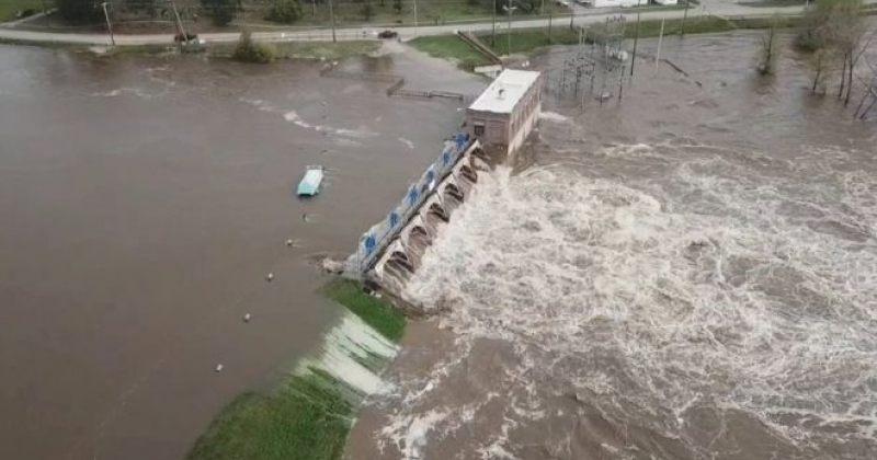 აშშ-ის მიჩიგანის შტატშიძლიერი წვიმის შედეგადორი კაშხალი დაინგრა