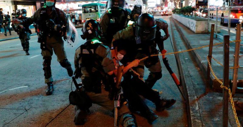 ჰონგ-კონგში შეზღუდვების შემსუბუქების შემდეგ აქციები განახლდა, დააკავეს 200-ზე მეტი ადამიანი