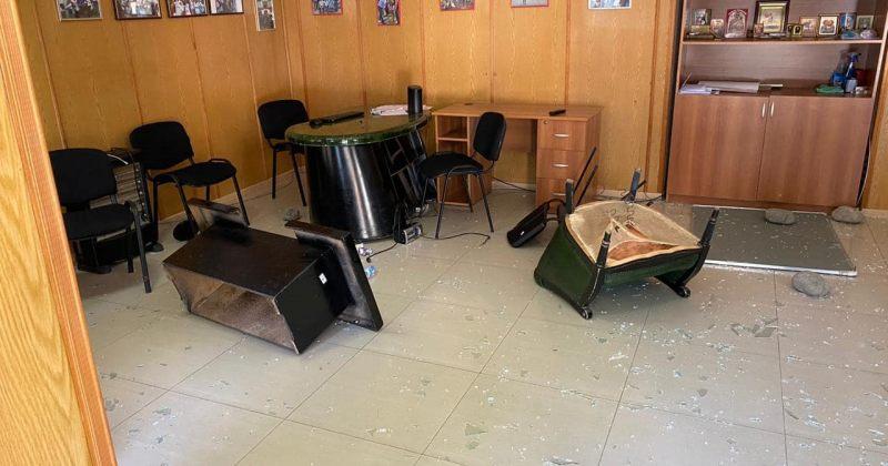 გორში ნაციონალური მოძრაობის ოფისი დააზიანეს - დაკავებულია 1 ადამიანი