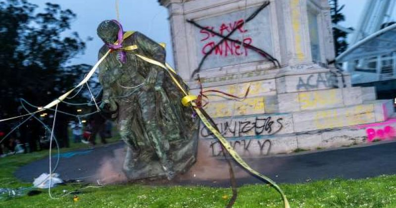 სან-ფრანცისკოში აშშ-ის ჰიმნის ტექსტის ავტორის ძეგლი ჩამოაგდეს