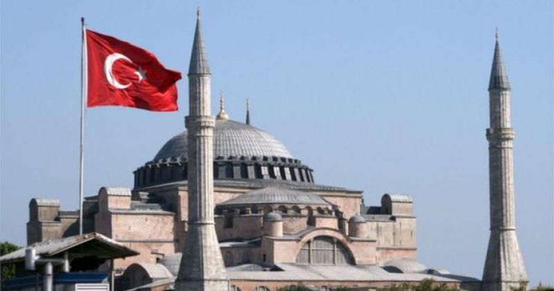 თურქეთის სასამართლომ აია-სოფიას მეჩეთად გადაკეთებაზე გადაწყვეტილების მიღება 15 დღით გადადო