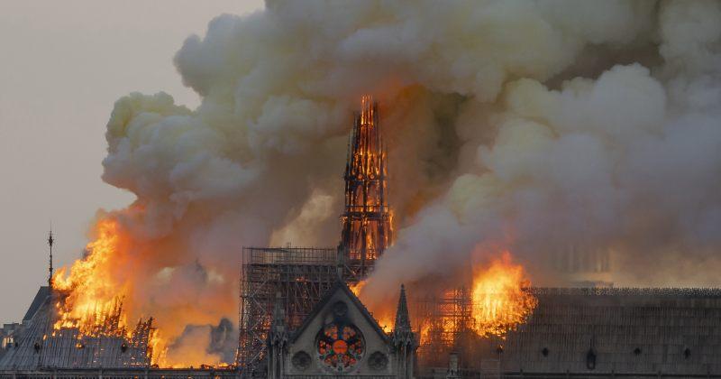 პარიზის ღვთისმშობლის ტაძრის კოშკს უცვლელად აღადგენენ