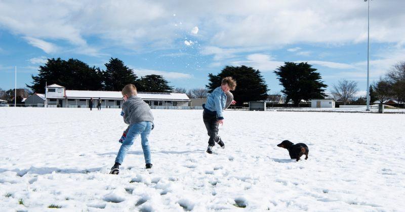 კუნძულ ტასმანიაზე 70-იანი წლების შემდეგ თოვლი პირველად მოვიდა [ფოტოები]