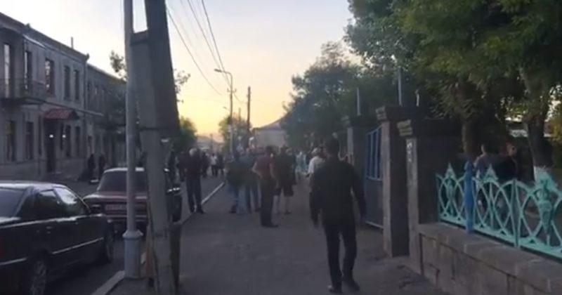 ახალქალაქში დაპირისპირებისას ახალგაზრდა კაცი მოკლეს [VIDEO]