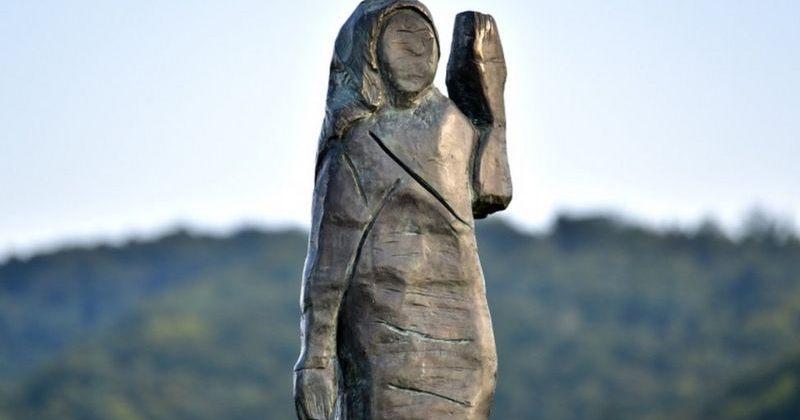 სლოვენიაში მელანია ტრამპს მშობლიურ ქალაქთან ახალი, ბრინჯაოს ძეგლი დაუდგეს