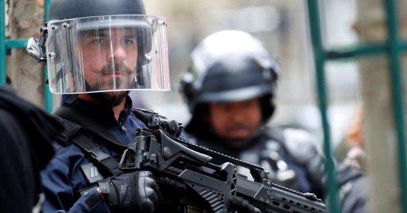 პარიზში, Charlie Hebdo-ს ყოფილ ოფისთან დანით თავდასხმა მოხდა