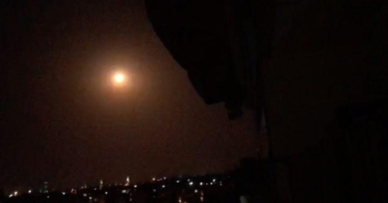 ისრაელმა სირიაში სამხედრო ბაზები დაბომბა, მოკლულია 6, დაშავდა 10 ადამიანი