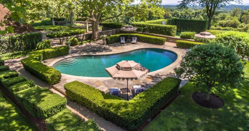 ტომი ჰილფიგერის სახლი, რომელსაც პატრონი 47 მილიონ დოლარად ყიდის - ფოტოები