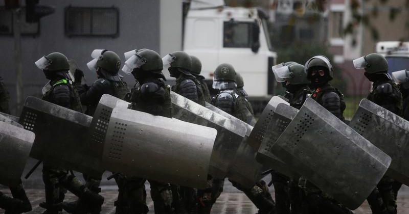 ბელარუსის პოლიციამ აქციების დასაშლელად საბრძოლო იარაღის გამოყენების უფლება მიიღო