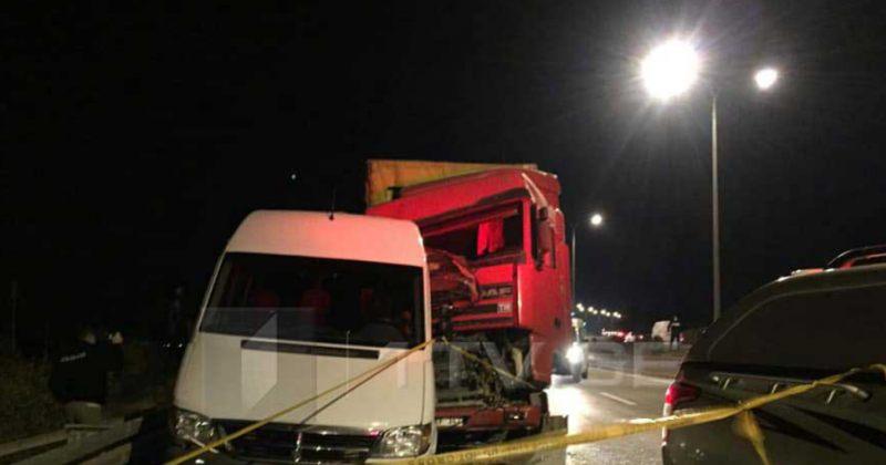 შსს: გორთან ავტოსაგზაო შემთხვევისას 5 მგზავრი ადგილზე გარდაიცვალა, დაშავდა 11