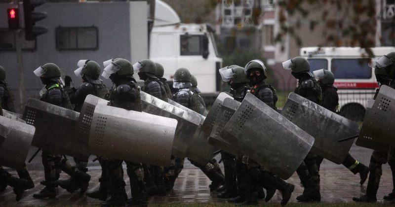 """ბელარუსში """"სიამაყის მარშზე"""" პოლიციამ 600-მდე ადამიანი დააკავა"""