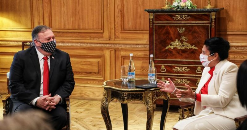 საელჩო: პომპეოსთვის სასიამოვნო იყო პრეზიდენტ ზურაბიშვილთან შეხვედრა
