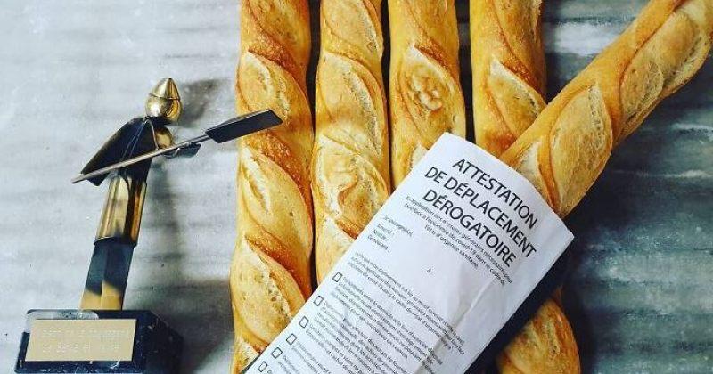 ფრანგი მცხობელი პურს გარეთ გასვლის ნებართვებში ახვევს
