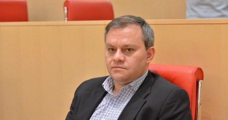 საჯარო რეესტრმა ირაკლი აბუსერიძე რაგბის კავშირის პრეზიდენტად არ დაარეგისტრირა