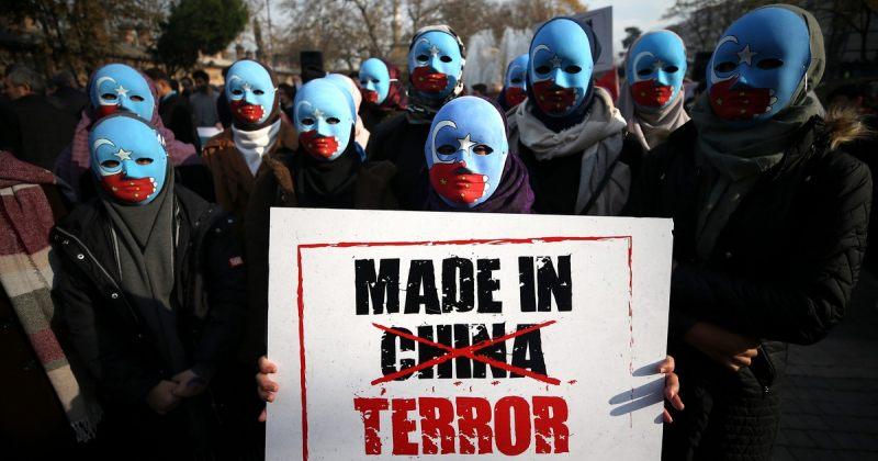 AP: ჩინეთმა ვაქცინის შეჩერების მუქარით უკრაინა აიძულა, უიღურებზე განცხადებას არ შეერთებოდა