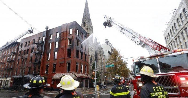 ნიუ-იორკში მე-19 საუკუნის ტაძარში ხანძარი გაჩნდა – ცეცხლმა შენობა მნიშვნელოვნად დააზიანა