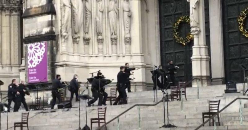 ნიუ-იორკის კათედრალზე თავდამსხმელი პოლიციამ მოკლა [Video]