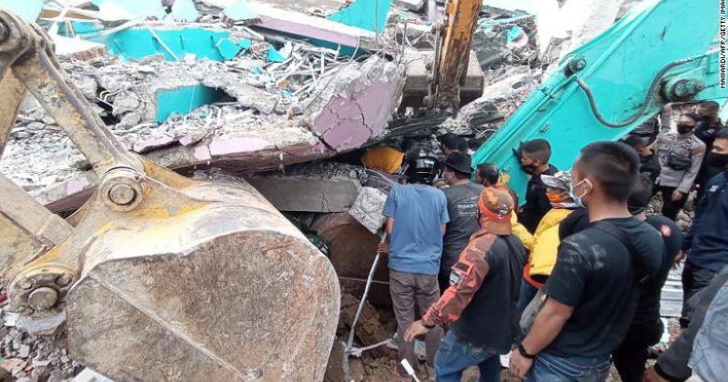 ინდონეზიაში 6.2 მაგნიტუდის მიწისძვრა მოხდა, დაიღუპა 34 ადამიანი