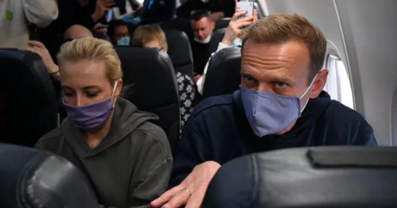 ვნუკოვის აეროპორტი დახურეს, ნავალნის თვითმფრინავი შერემეტიევოს აეროპორტში დაჯდება