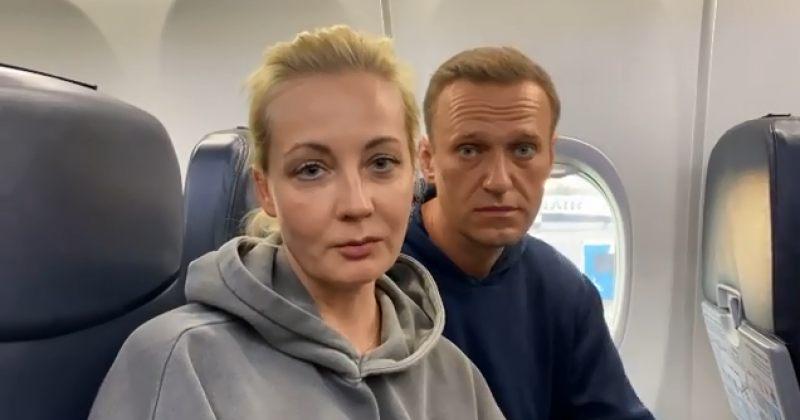 """""""ჩვენ სახლში მივფრინავთ"""" – ალექსეი ნავალნი რუსეთში ბრუნდება"""