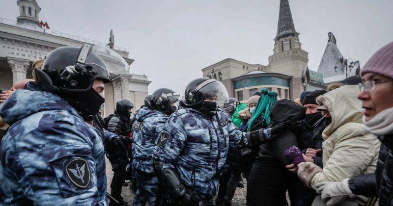 რუსეთი: სამი ევროპელი დიპლომატი უკანონო აქციებში მონაწილეობისთვის გავაძევეთ