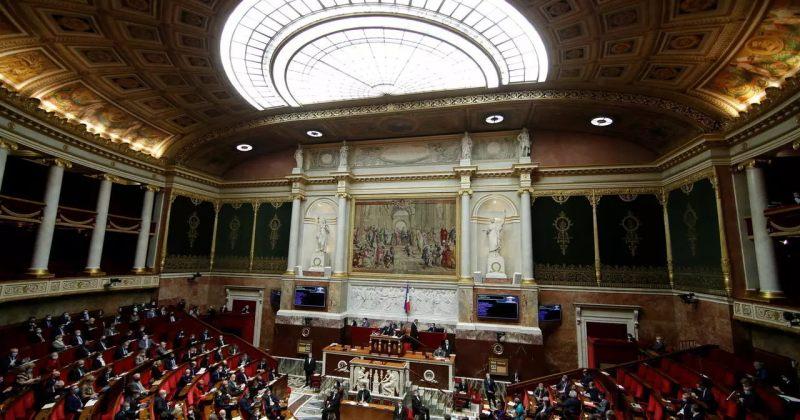 საფრანგეთის პარლამენტის ქვედა პალატამ სეკულარული ღირებულებების დაცვის კანონი დაამტკიცა