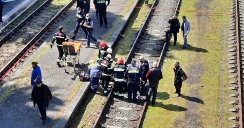 80 წლამდე ქალს ზუგდიდში მატარებელი დაეჯახა