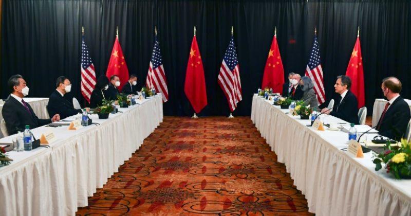 ბაიდენის ადმინისტრაციის და ჩინეთის მაღალჩინოსნები შეხვედრაზე ერთმანეთს დაუპირისპირდნენ