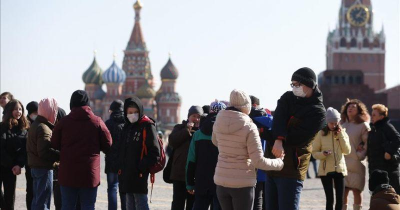 LEVADA: რუსი ახალგაზრდების უმეტესობა რუსეთს ევროპულ ქვეყნად არ მიიჩნევს