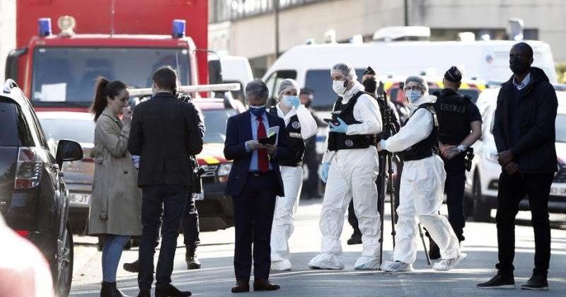 საფრანგეთში პოლიციელი დანით მოკლეს, თავდასხმა, სავარაუდოდ, ტერორიზმი იყო