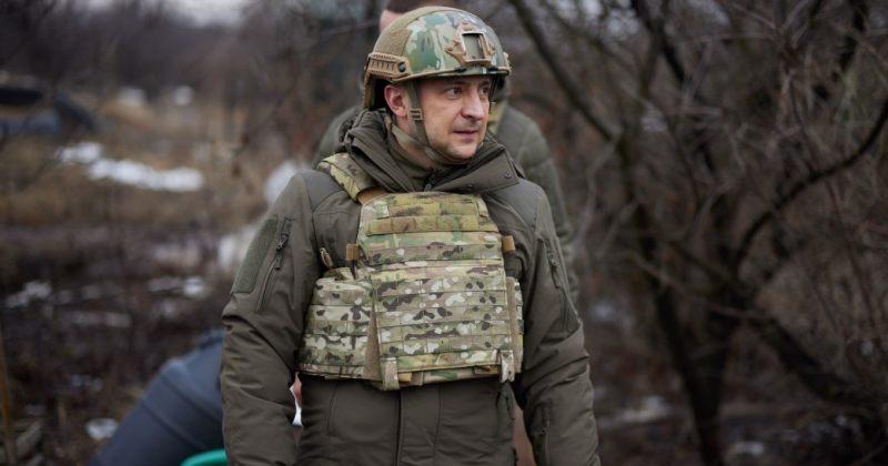 ზელენსკი: რუსული ჯარები ჩვენ საზღვრებთან შეიძლება ნებისმიერ დროს დაბრუნდნენ