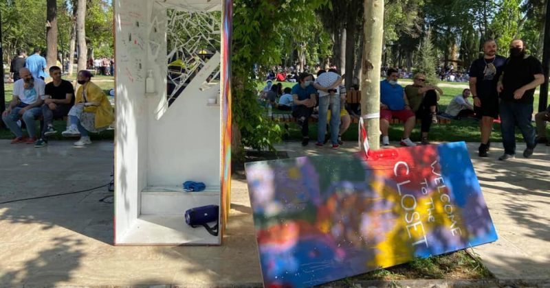 Tbilisi Pride: ფალავანდიშვილი ლგბტქ აქტივისტებს თავს დაესხა და ინსტალაცია დააზიანა