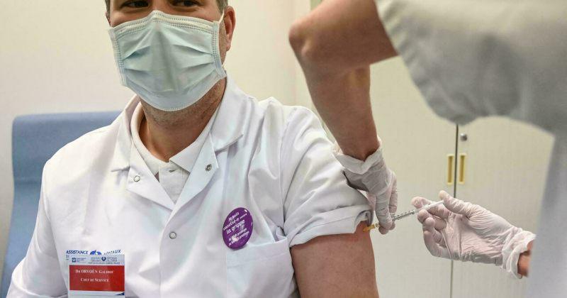 საფრანგეთში ჯანდაცვის სფეროს წარმომადგენლებისთვის ვაქცინაცია სავალდებულო გახდა