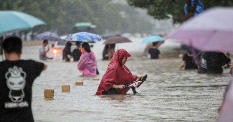 ჩინეთში წყალდიდობას 12 ადამიანის სიცოცხლე ემსხვერპლა