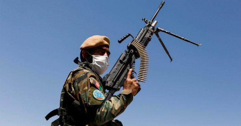 თალიბანთან შეტაკების შემდეგ, 1037-მა ავღანელმა სამხედრომ თავი ტაჯიკეთს შეაფარა