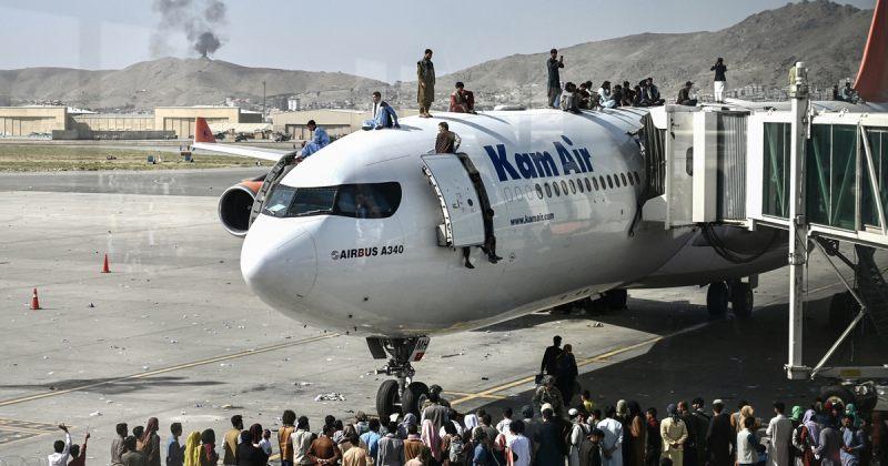 აშშ მოქალაქეებს ქაბულის აეროპორტის დატოვებას ურჩევს, დაზვერვა ISIS-ის საფრთხეზე იტყობინება