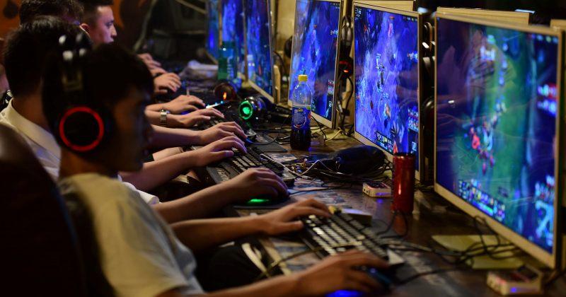 ჩინეთი არასრულწლოვანებს ონლაინ თამაშების თამაშის უფლებას კვირაში 3 საათით აძლევს