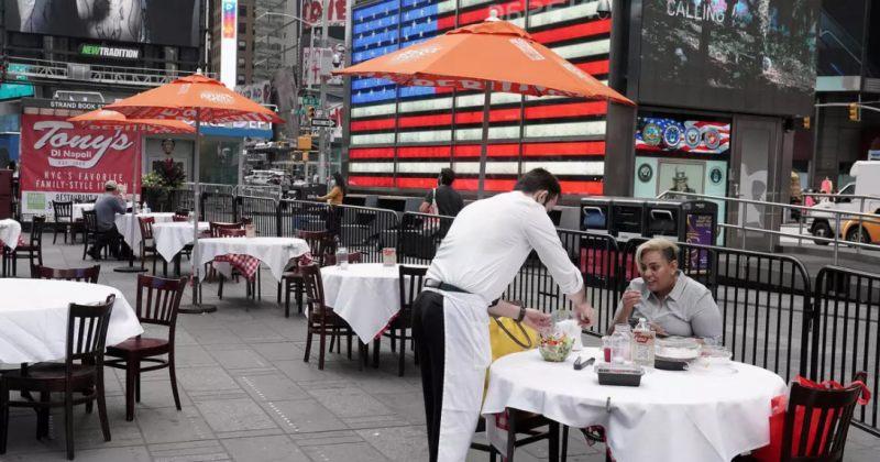 ნიუ-იორკში მხოლოდ ვაქცინირებულებს შეეძლებათ რესტორნებითა და დარბაზებით სარგებლობა