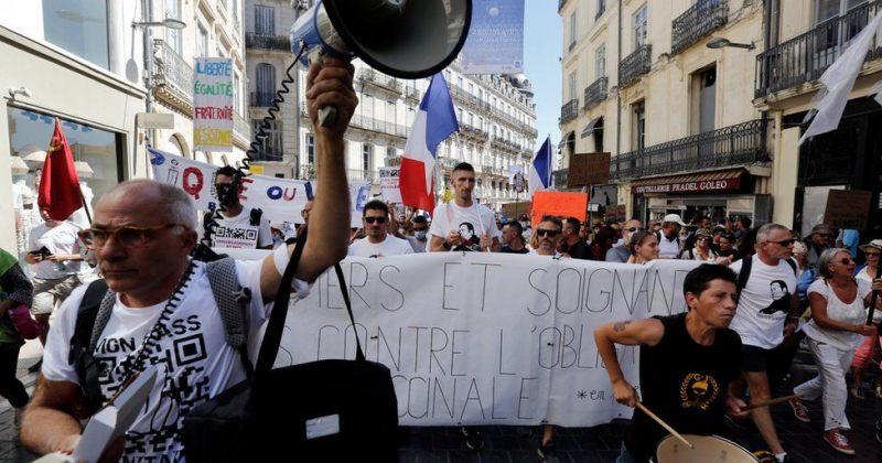 საფრანგეთში სამედიცინო სფეროში დასაქმებულ, აუცრელ 3 000-მდე ადამიანს მუშაობის უფლება შეუჩერეს