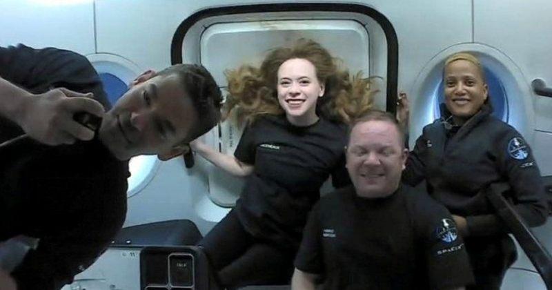 კოსმოსური მისია INSPIRATION 4 დედამიწაზე დაბრუნდა, მისი არცერთი მონაწილე ასტრონავტი არ იყო