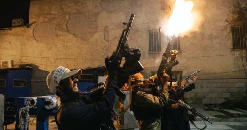 ქაბულში თალიბების საზეიმო სროლას 17 ადამიანი ემსხვერპლა