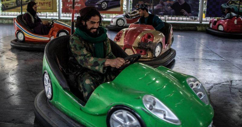 თალიბანი წევრებს წესიერად მოქცევასა და ფოტოების გადაღებისგან თავის შეკავებისკენ მოუწოდებს